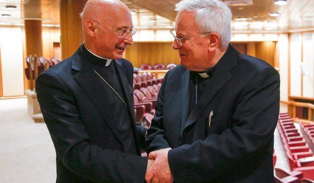 Cardinali Angelo Bagnasco e Gualtiero Bassetti