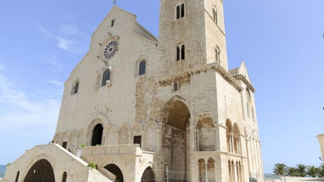 cattedraletrani.conv