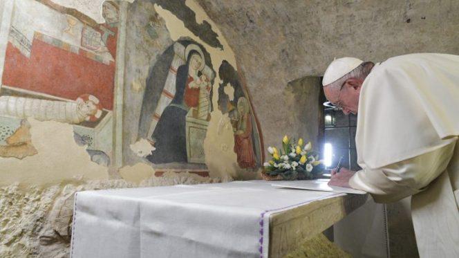 Greccio Papa firma
