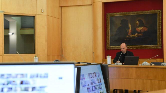 Roma, 1 dicembre 2020: Consiglio Permanente della Cei, Conferenz